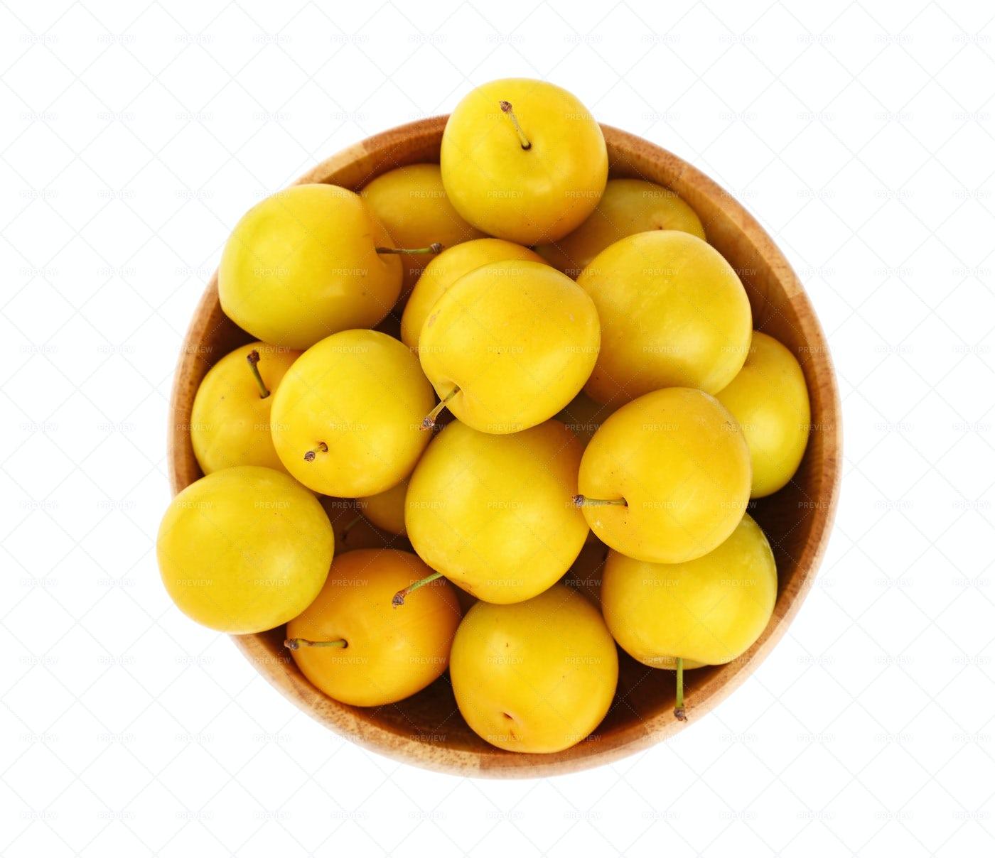 Fresh Yellow Plums: Stock Photos