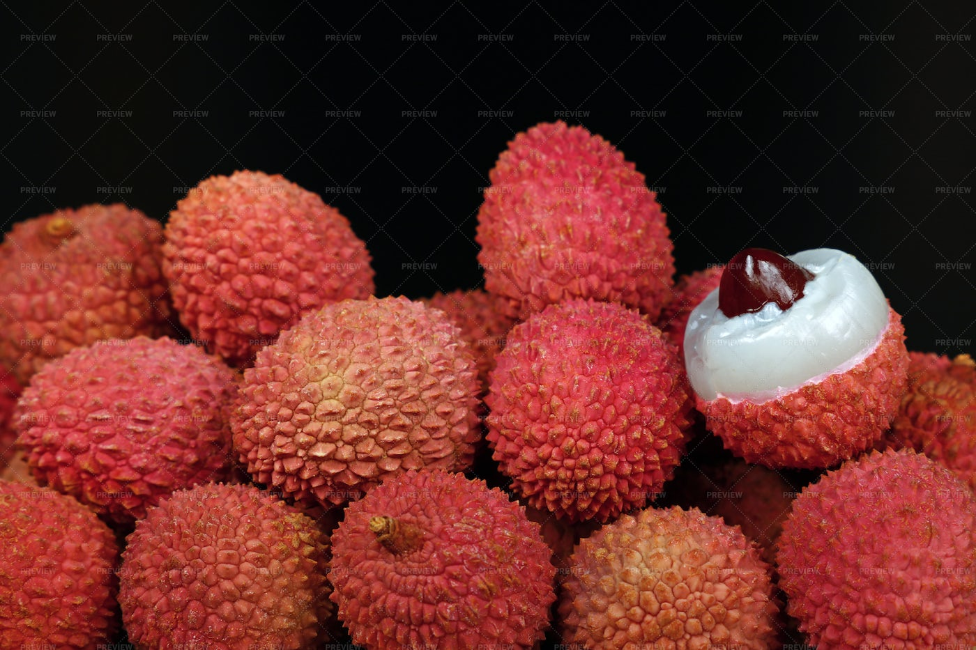 Pile Of Lychee: Stock Photos