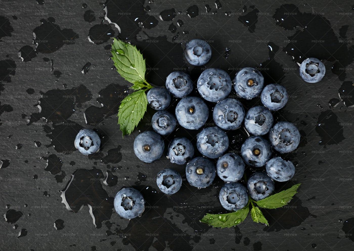 Washed Fresh Blueberries: Stock Photos