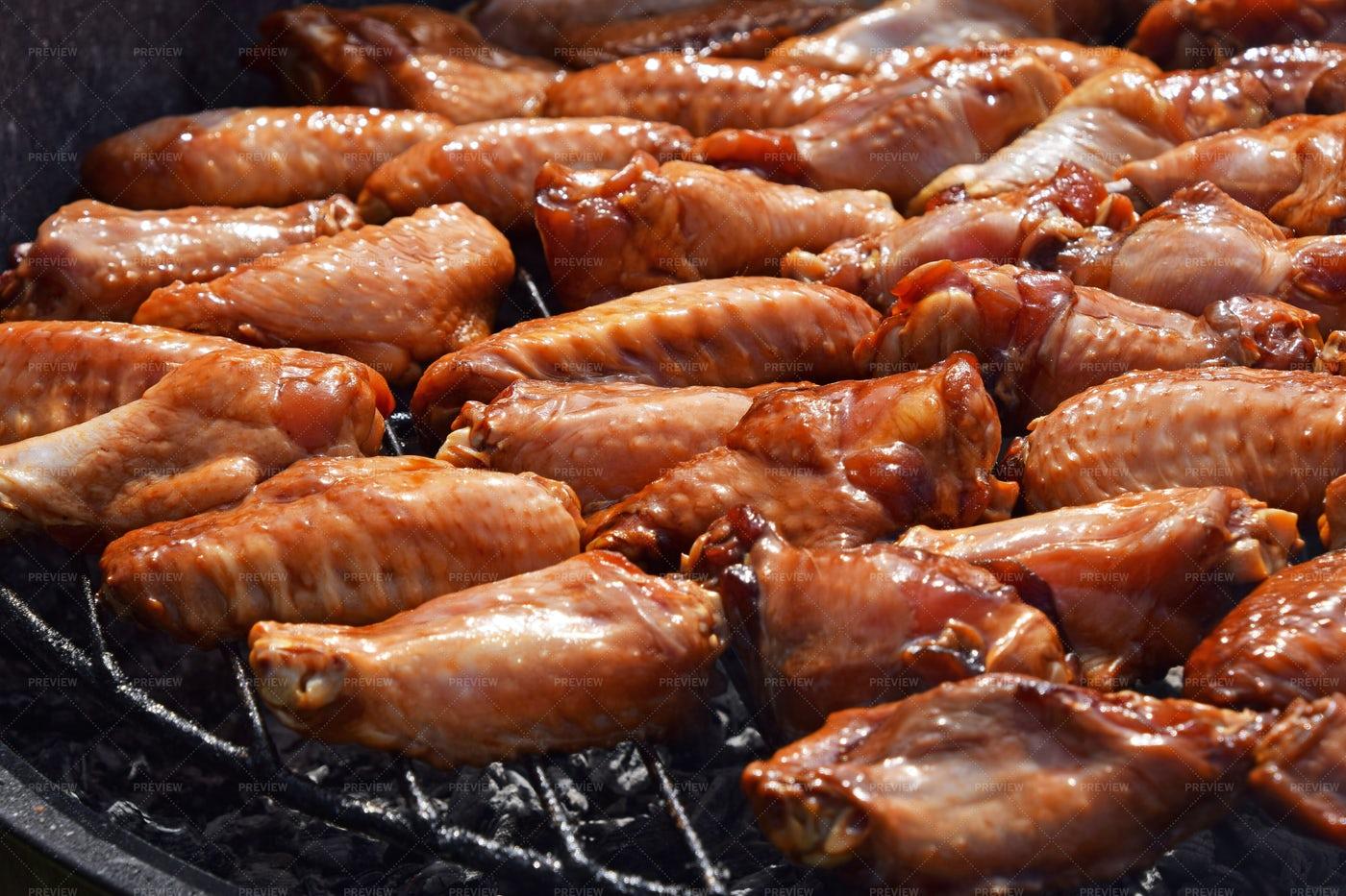Chicken Buffalo Wings: Stock Photos