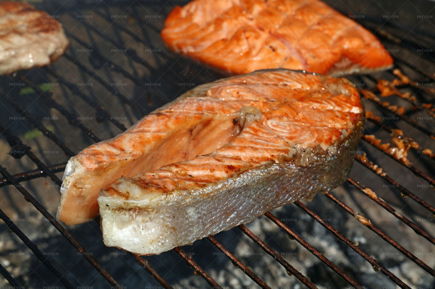 Grilled Salmon Fish Steak: Stock Photos