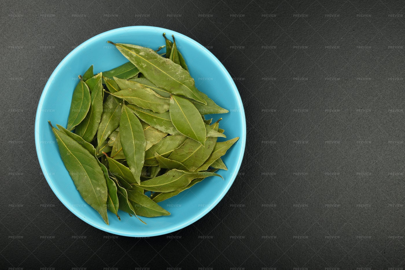 Bowl Of Bay Leaves: Stock Photos