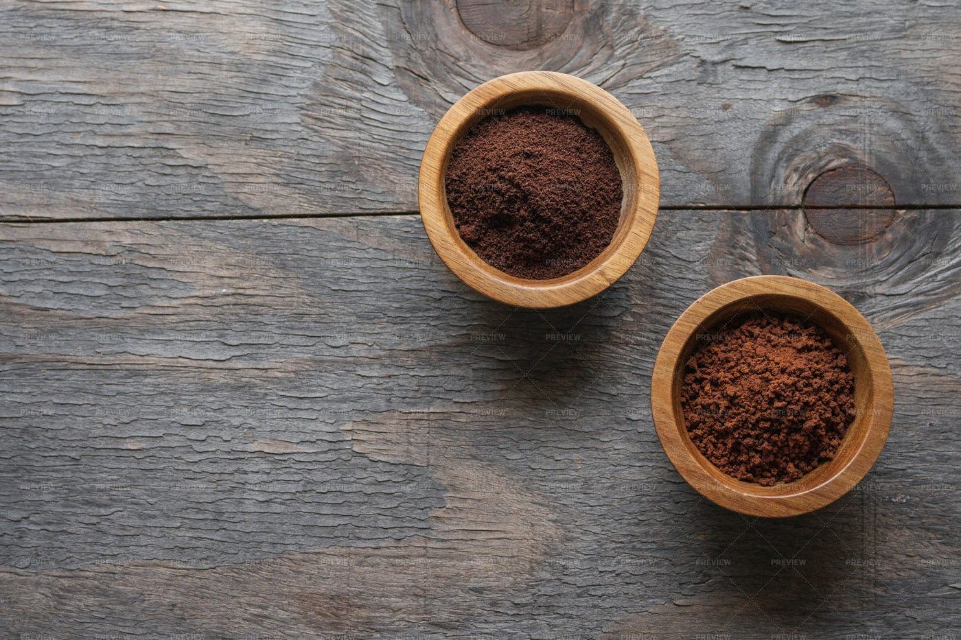 Instant And Grounded Coffee: Stock Photos