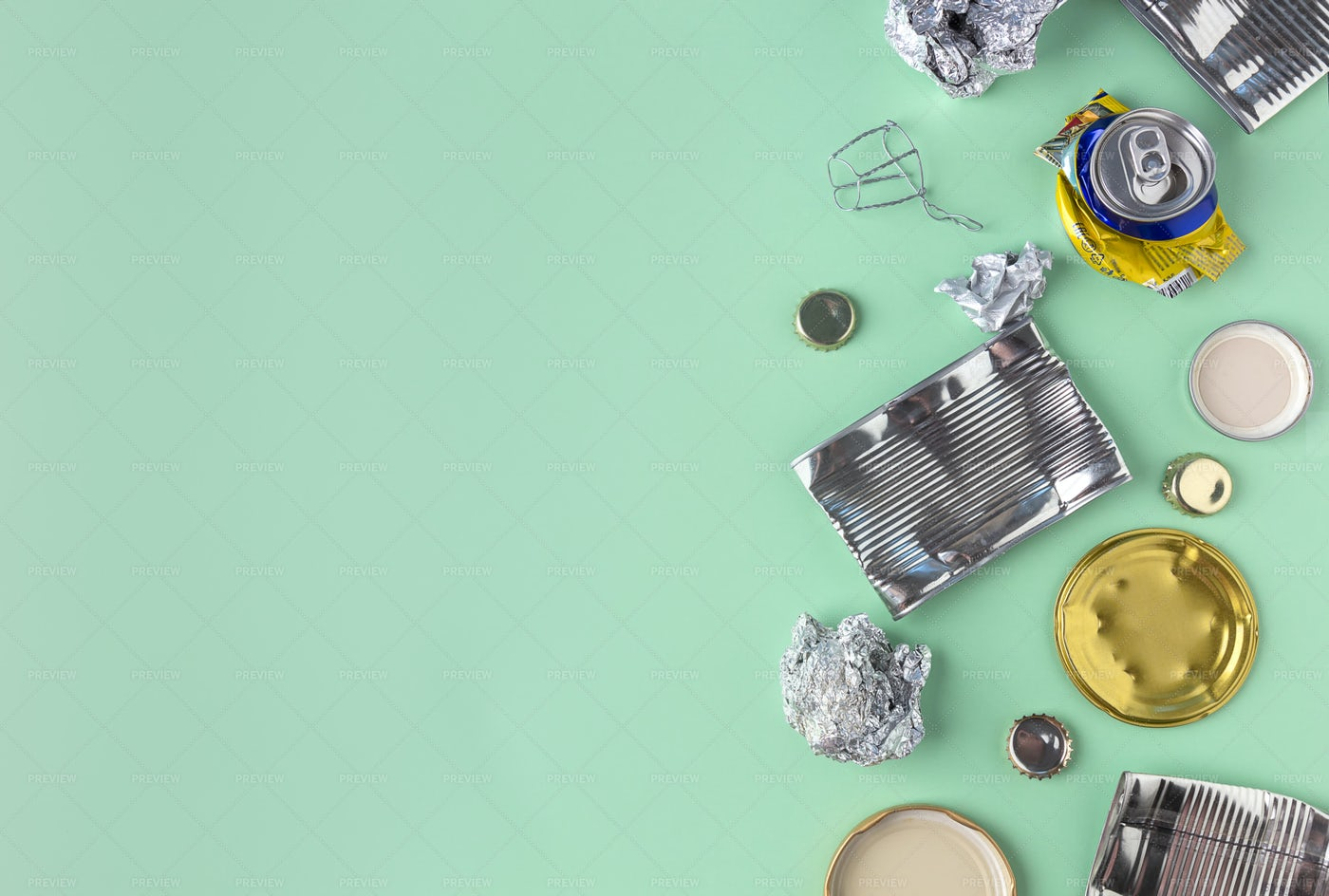 Tin And Aluminum Waste: Stock Photos