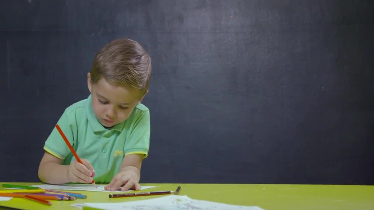 Little Boy Drawing: Stock Video