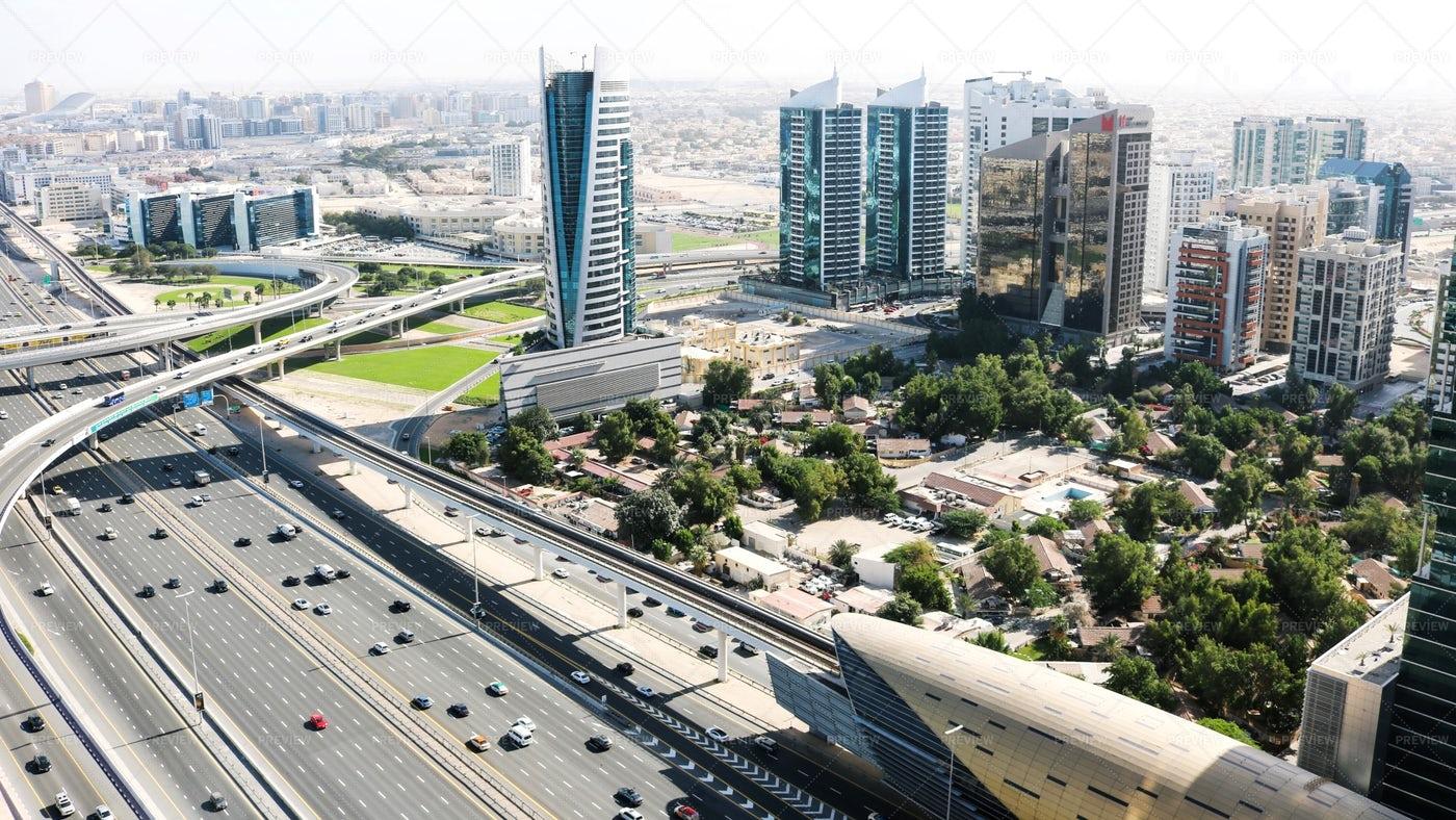 City Traffic Dubai: Stock Photos