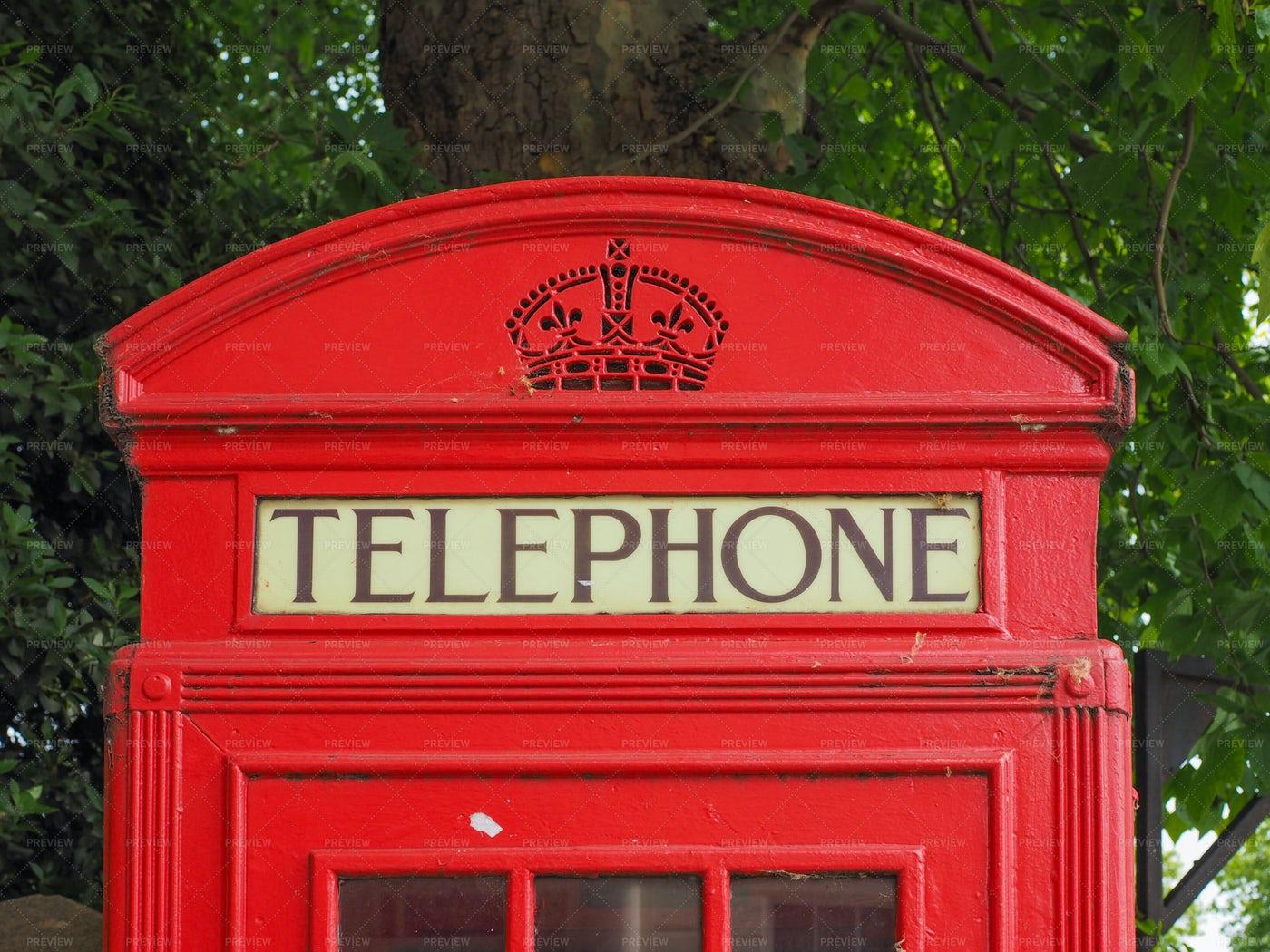 British Red Telephone Box: Stock Photos