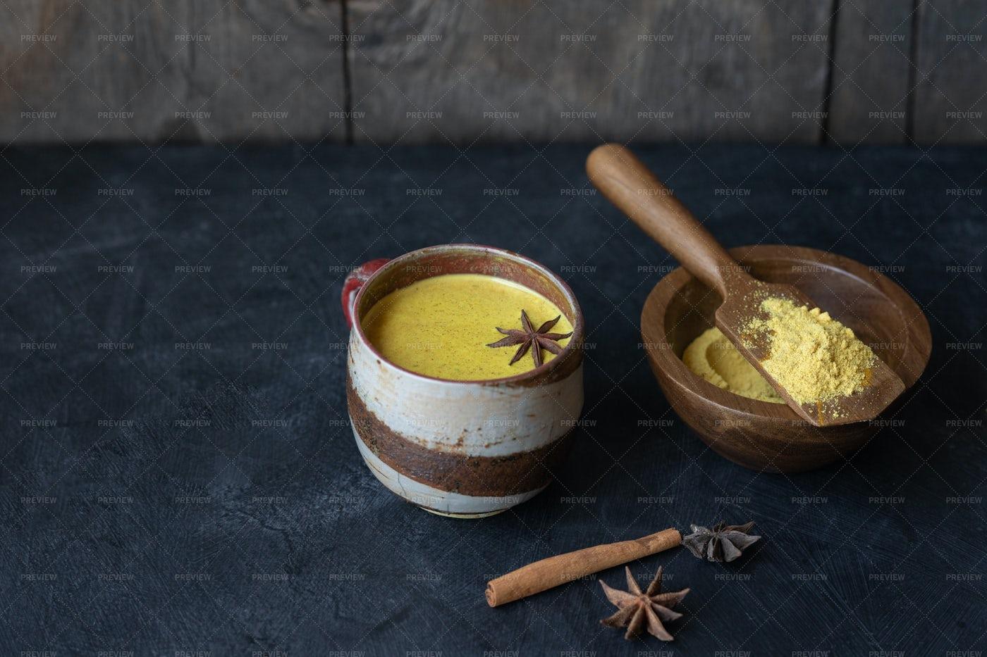 Golden Turmeric Milk: Stock Photos