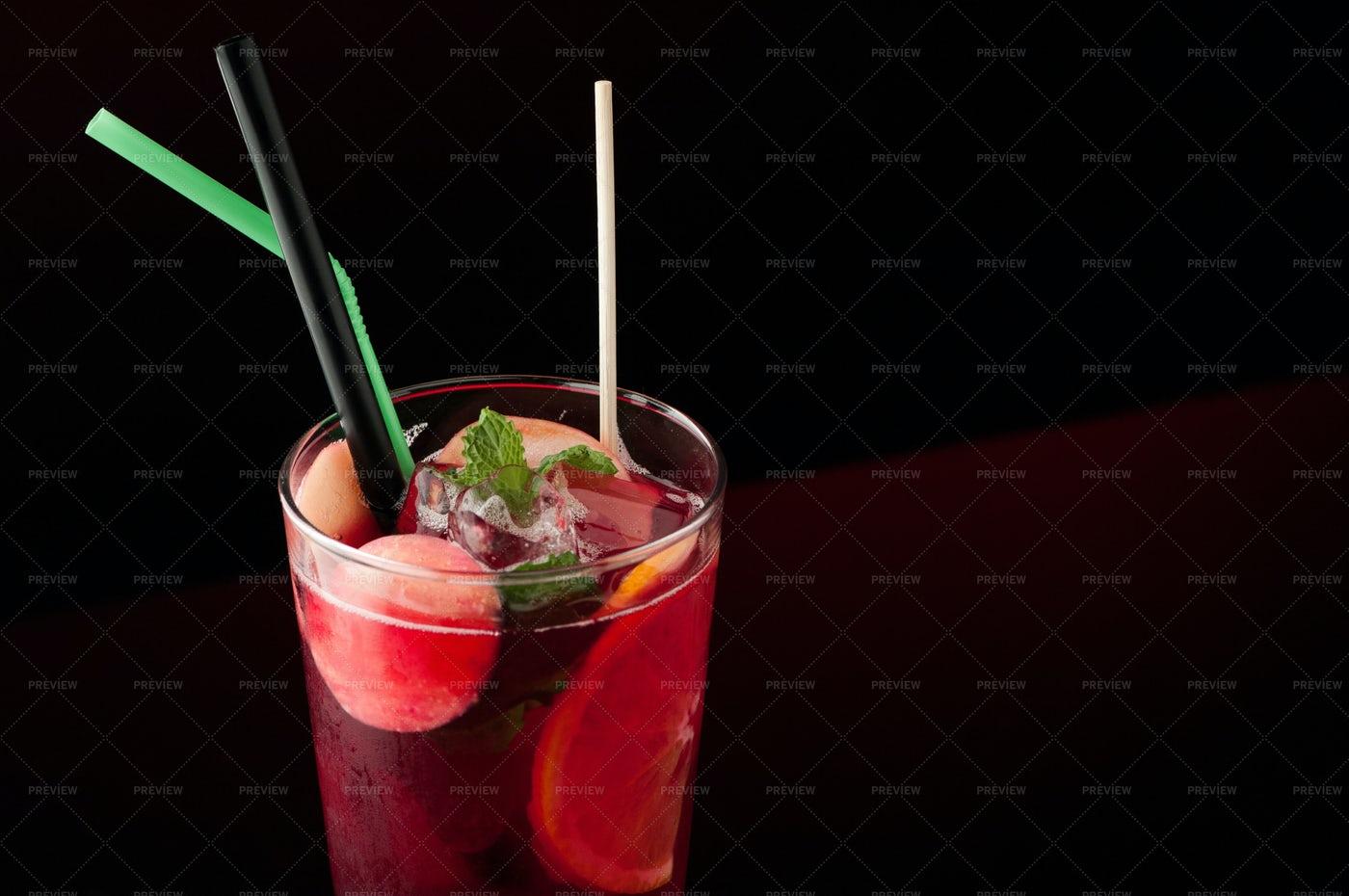 Cold Fruit Tea: Stock Photos