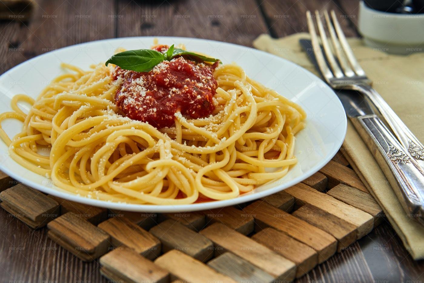 Pasta With Tomato Sauce: Stock Photos