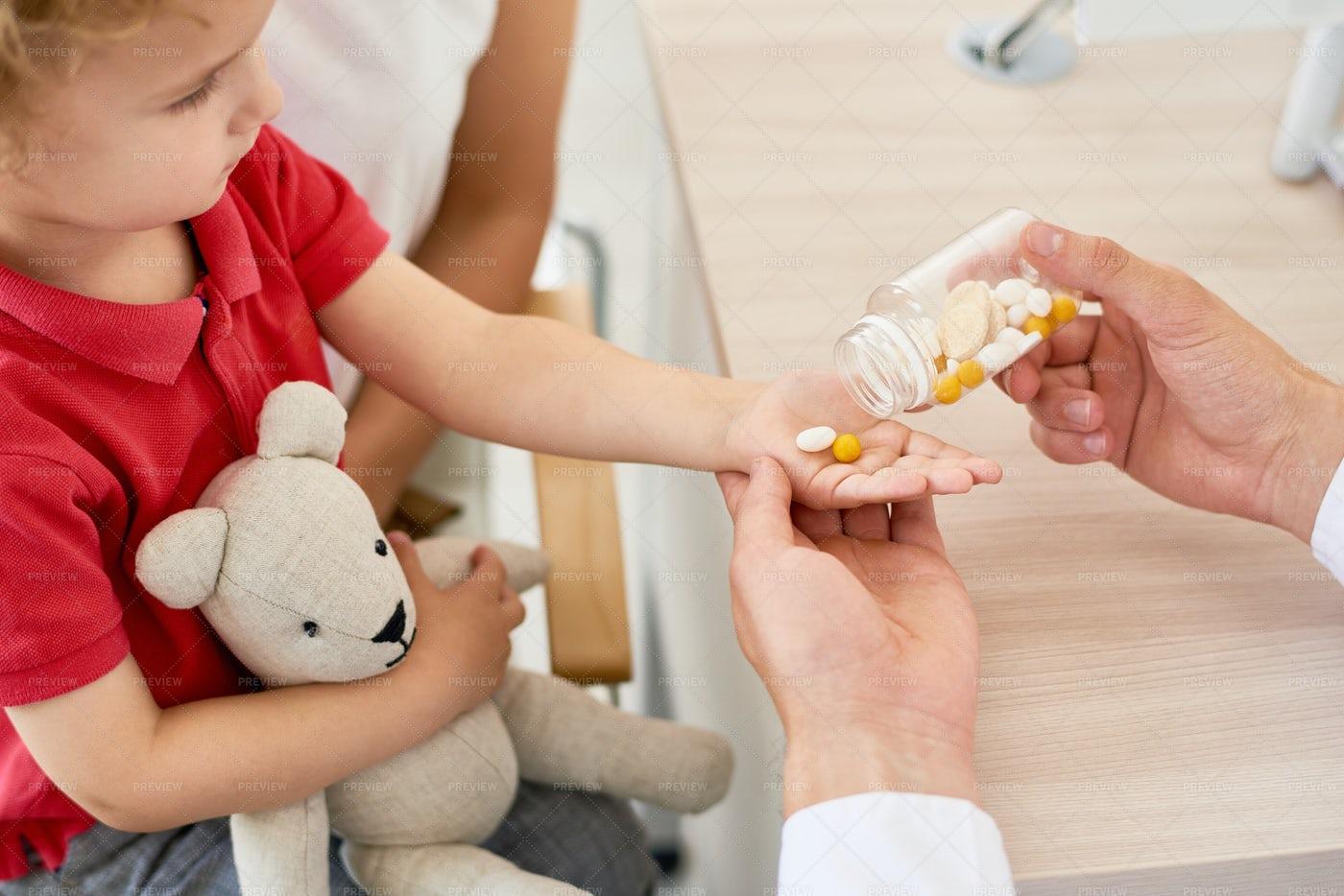 Vitamin C For Children: Stock Photos