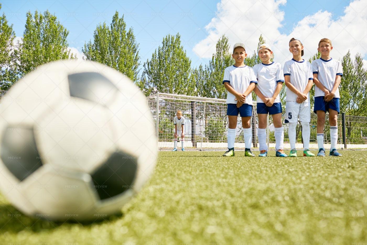 Happy Boys On Football Team: Stock Photos