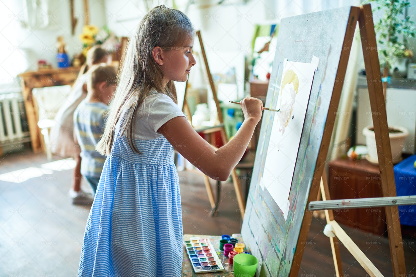 Little  Artists: Stock Photos