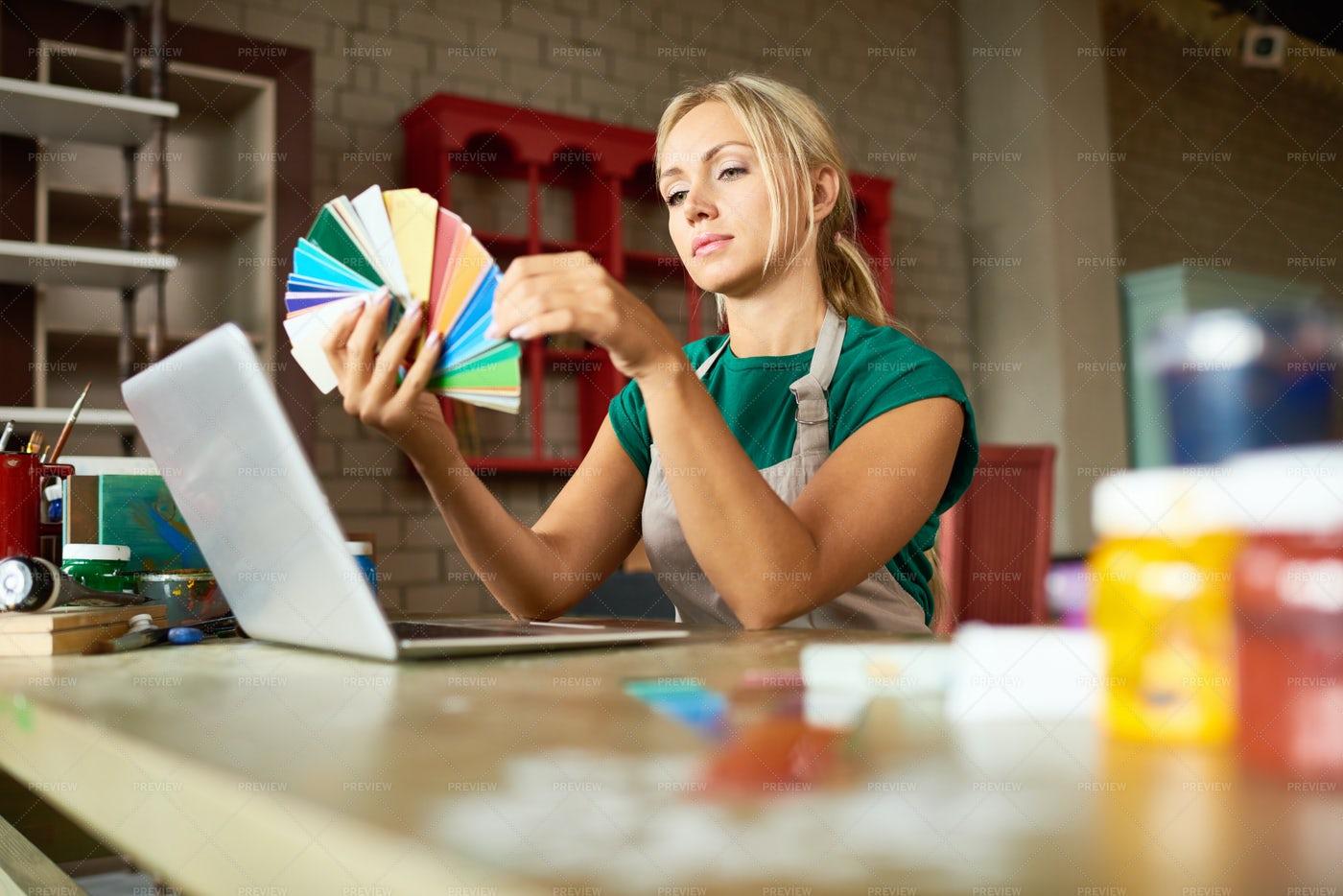 Creative Woman In Workshop: Stock Photos