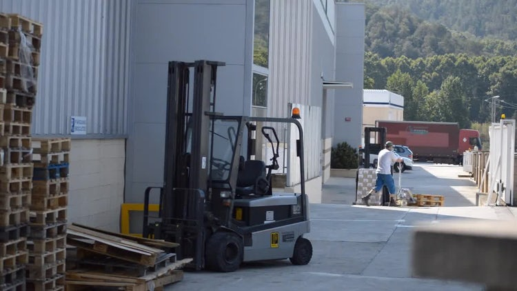Forklift And Pallet Jack: Stock Video