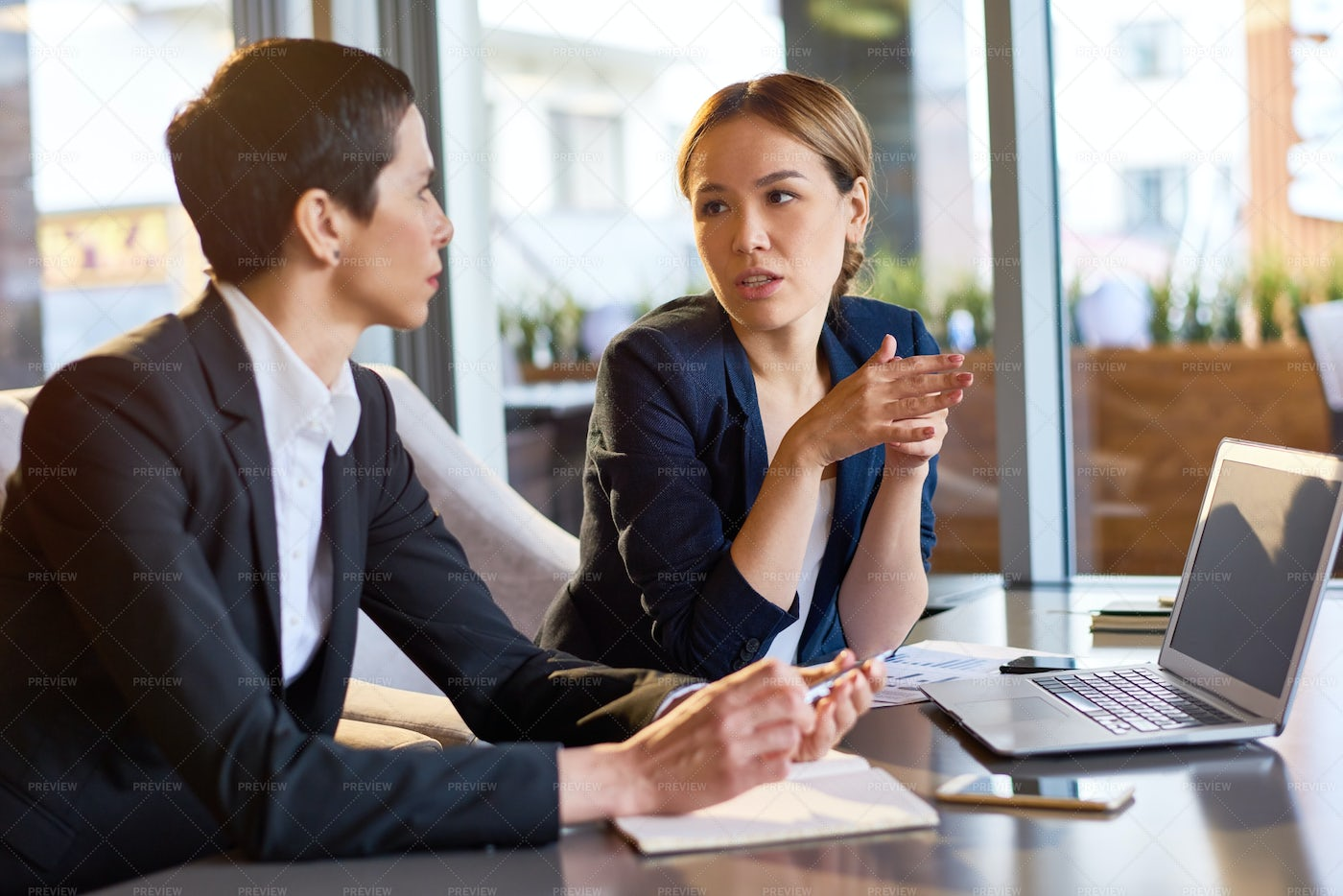 Sharing Ideas With Colleague: Stock Photos