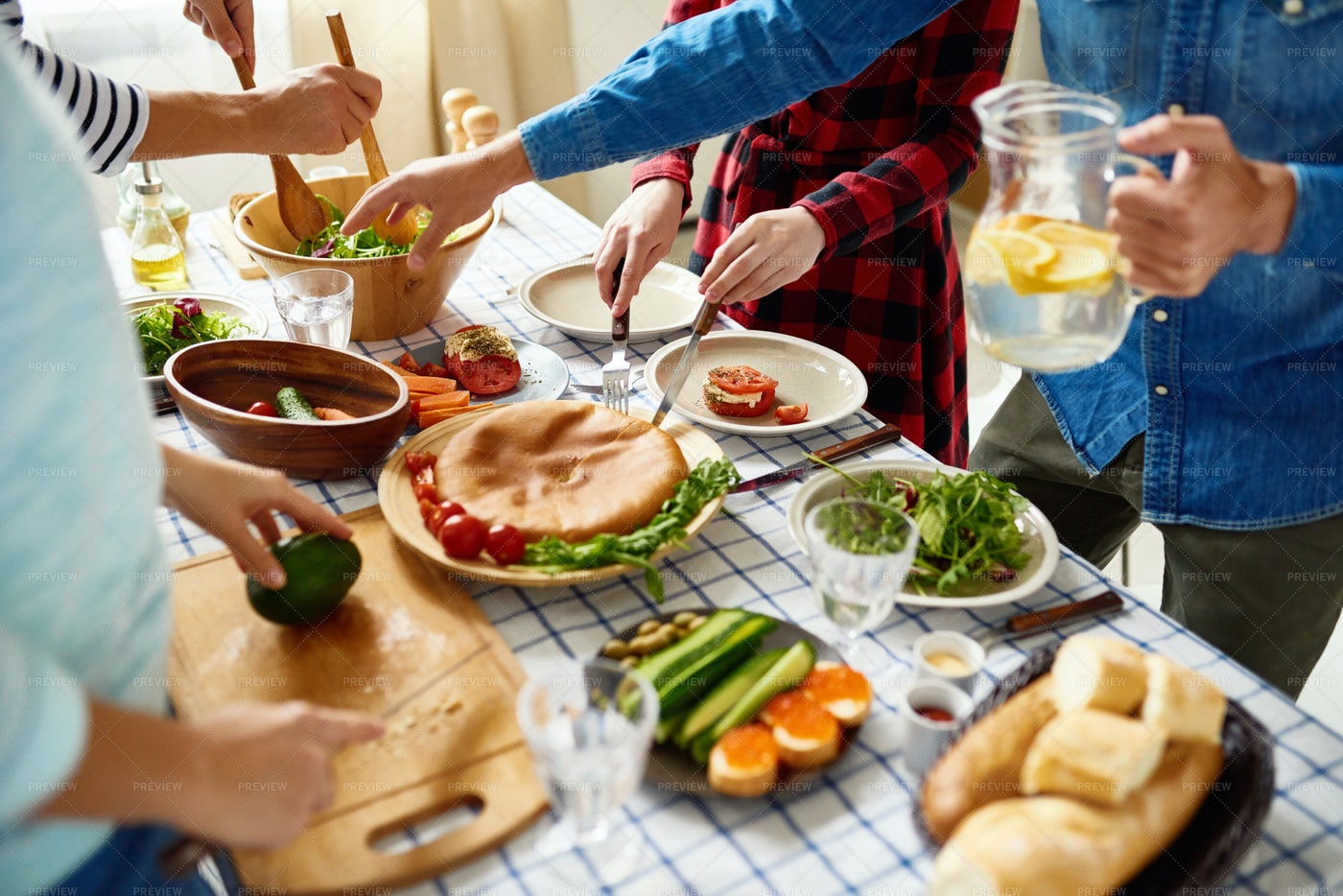 People Making Dinner Together: Stock Photos