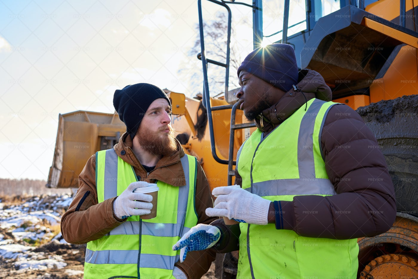 Workers Taking Break In Cold: Stock Photos