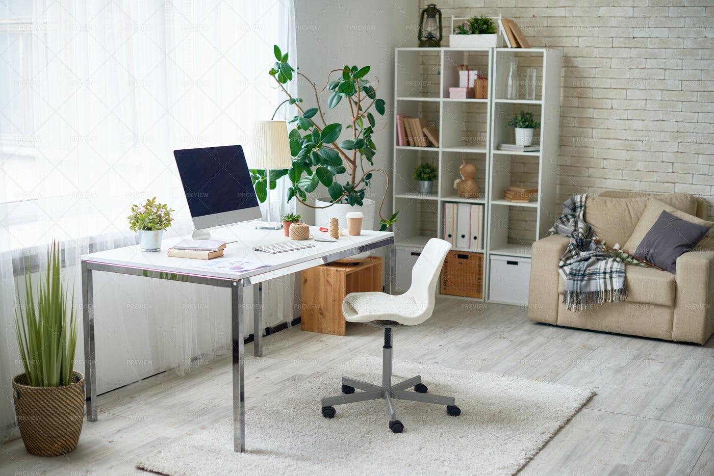Modern Home Office: Stock Photos