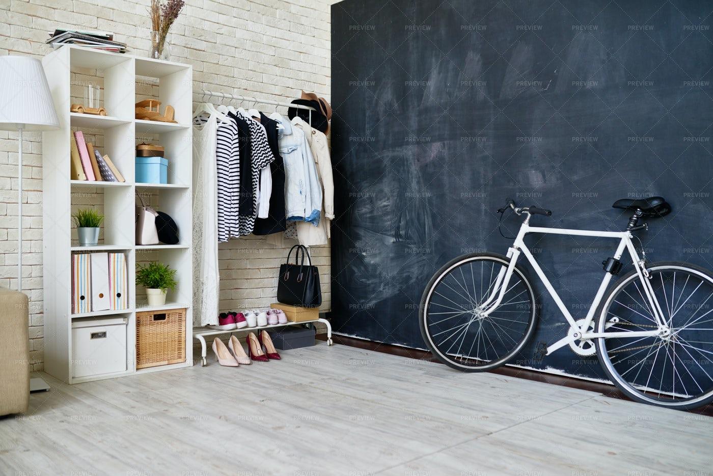 Modern Flat Interior: Stock Photos