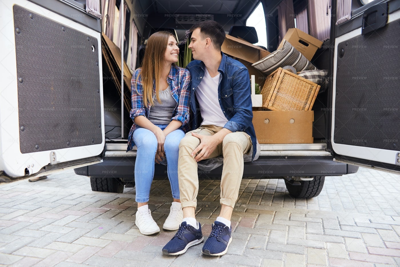 Young Couple Starting New Life: Stock Photos