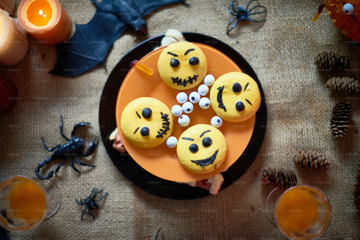 Halloween Cake With Emoticons: Stock Photos