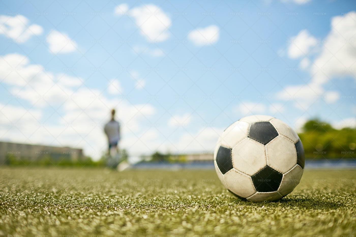 Football Ball: Stock Photos