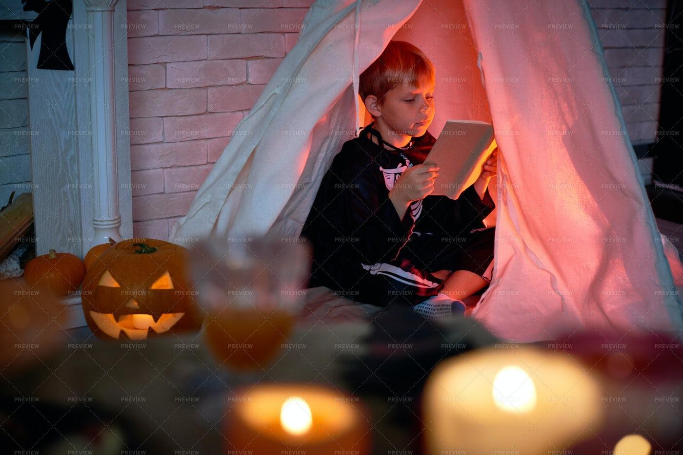 Mysterious Night On Halloween Eve: Stock Photos