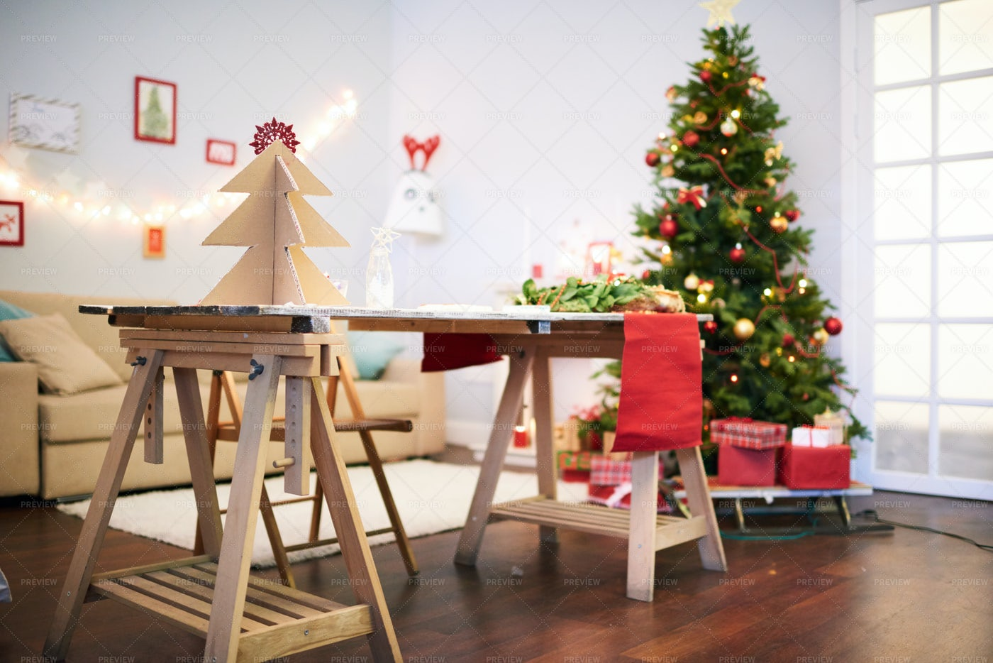 Anticipation Of Christmas: Stock Photos