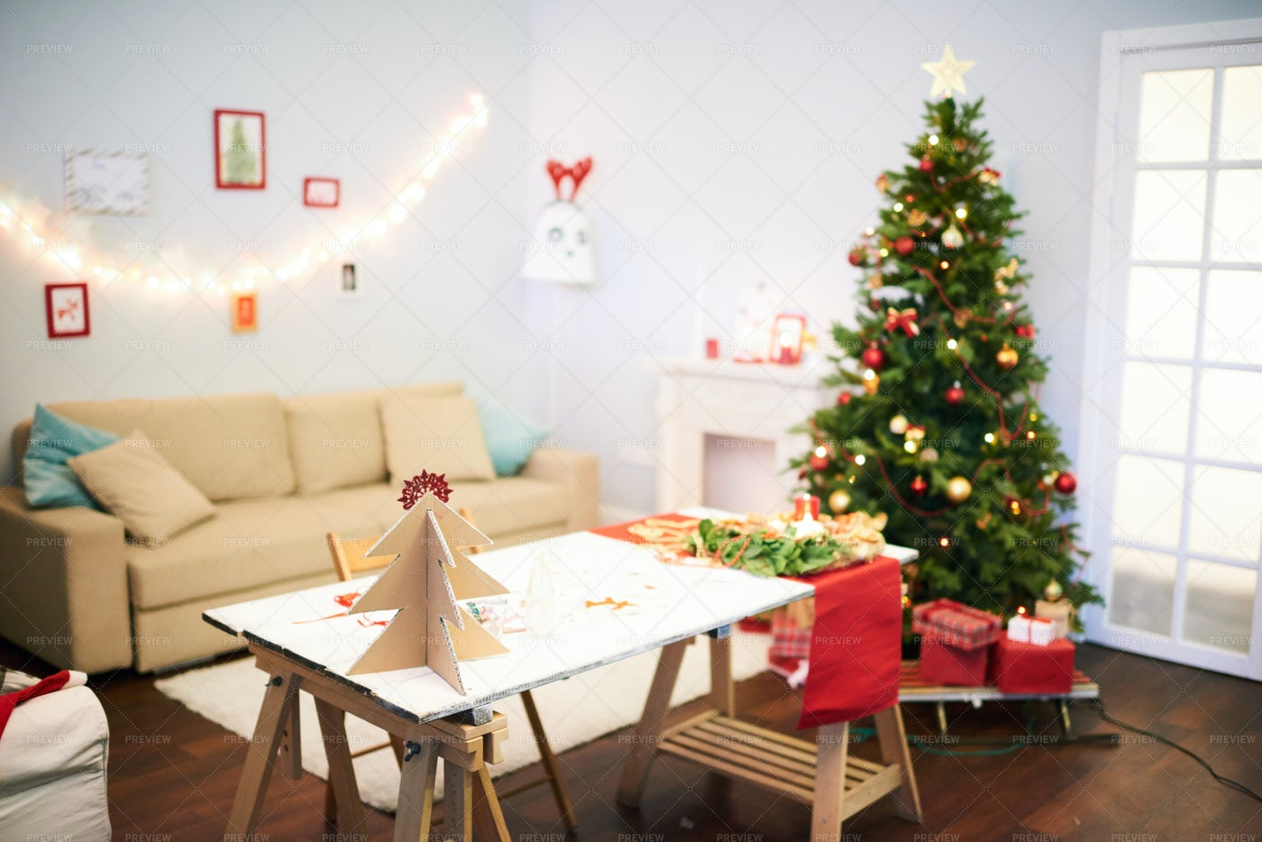 Last Preparations For Christmas...: Stock Photos
