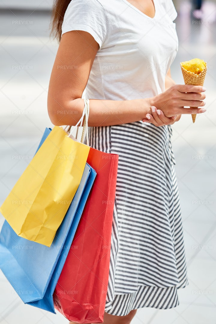 Teenage Girl With Shopping Bags: Stock Photos