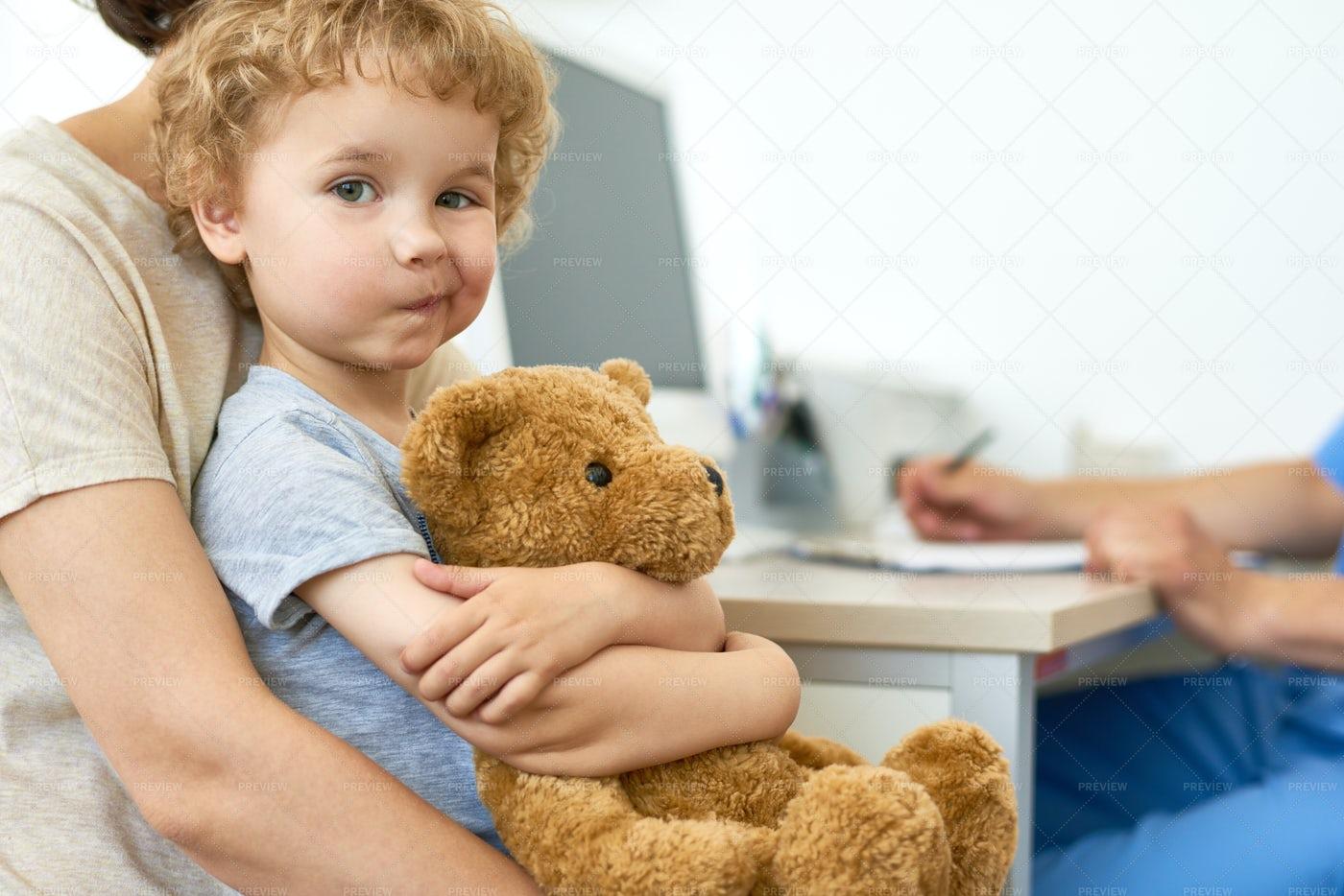 Cute Little Boy Visiting Doctor: Stock Photos
