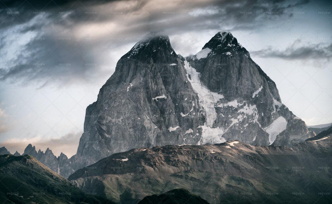 Frozen Rocky Mountain: Stock Photos