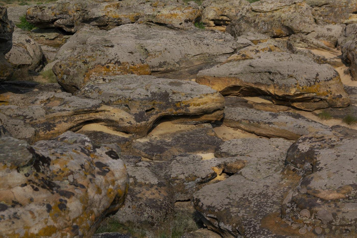 Large Rocks: Stock Photos