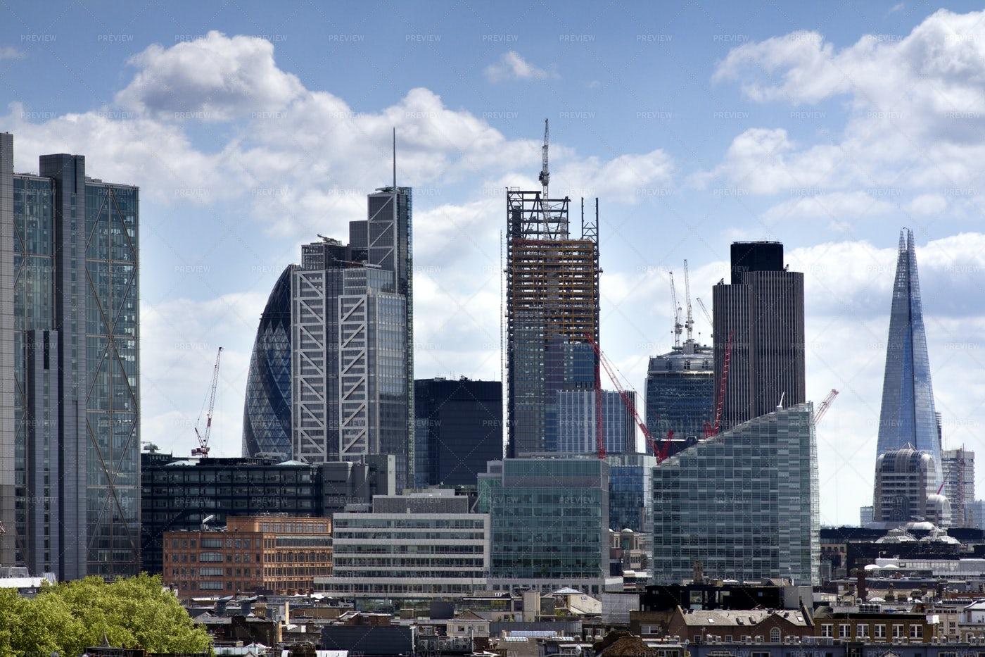London In The Sun: Stock Photos