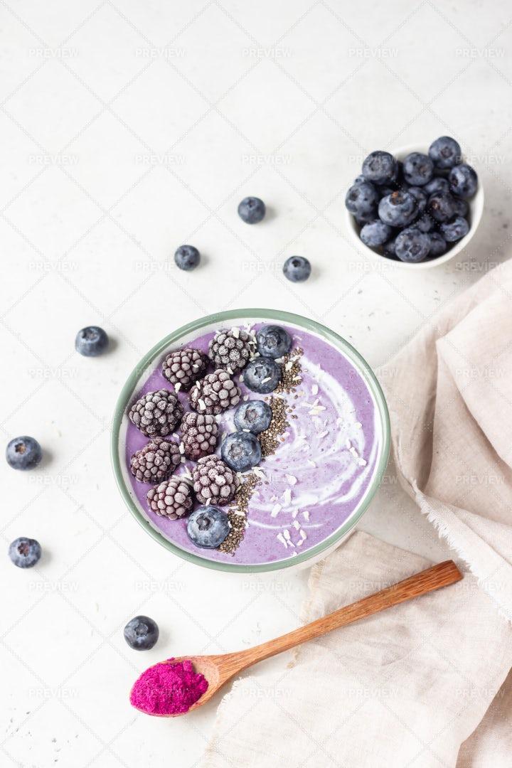 Purple Smoothie Berry Bowl: Stock Photos