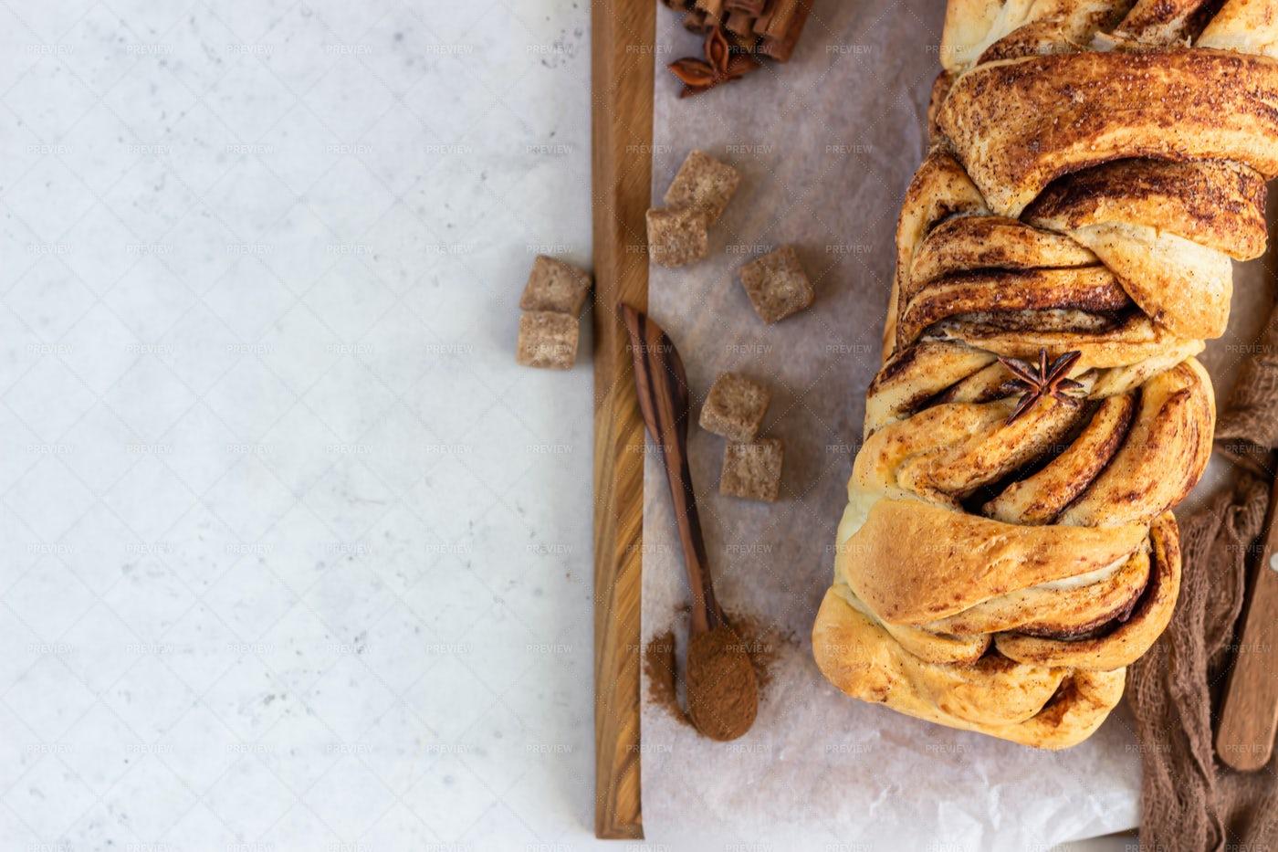 Polish Sweet Bread: Stock Photos
