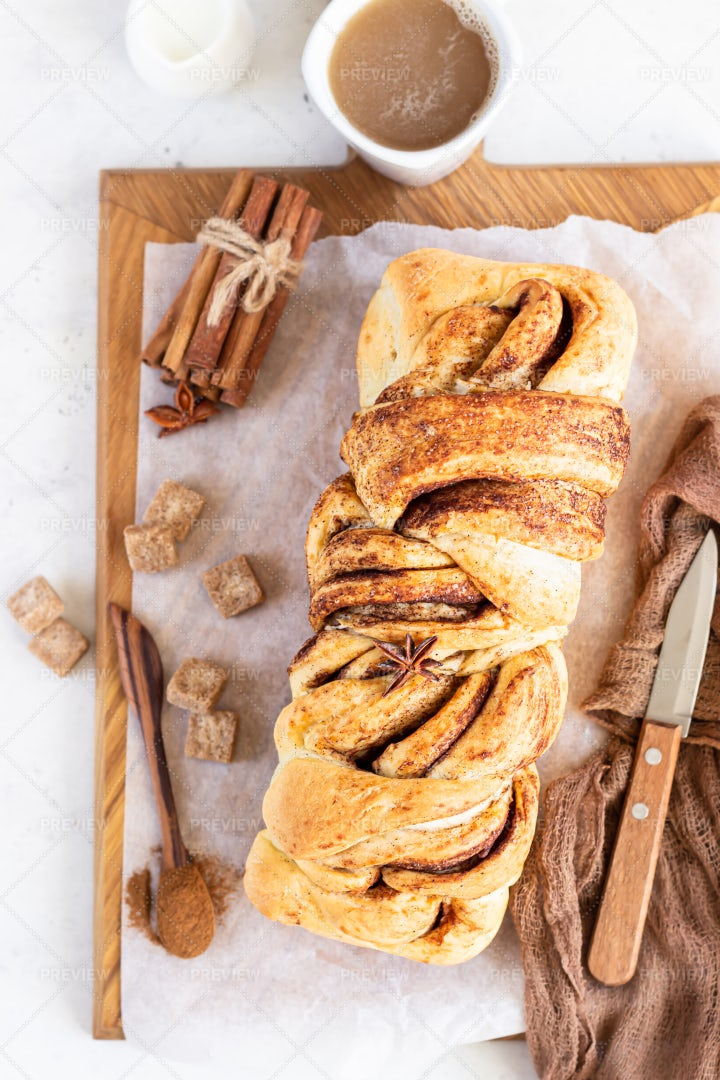 Cinnamon Swirl Brioche: Stock Photos