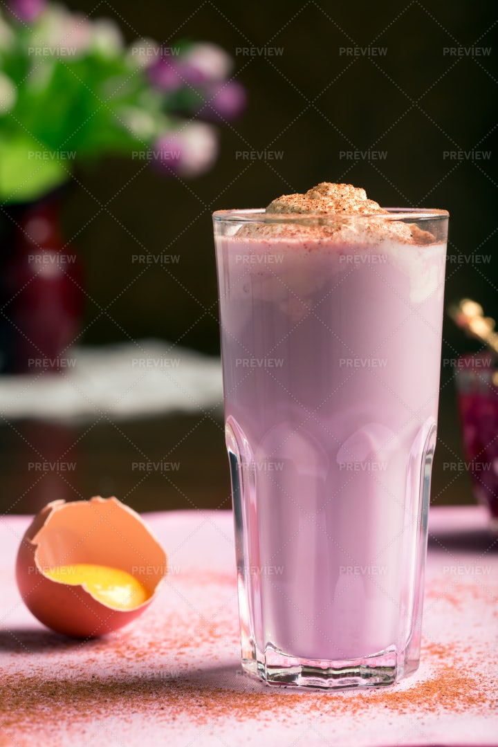 Scottish Pink Egg Nog: Stock Photos