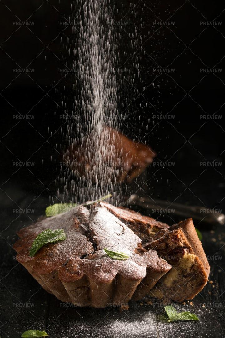 Sugar Onto The Cake: Stock Photos