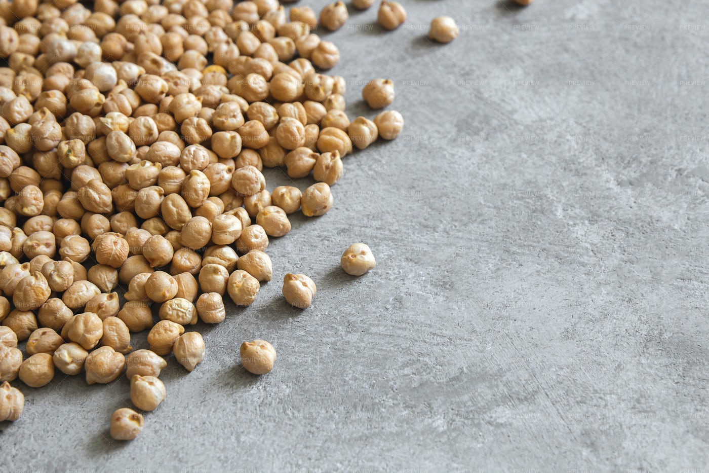 Pile Of Dried Chickpeas: Stock Photos