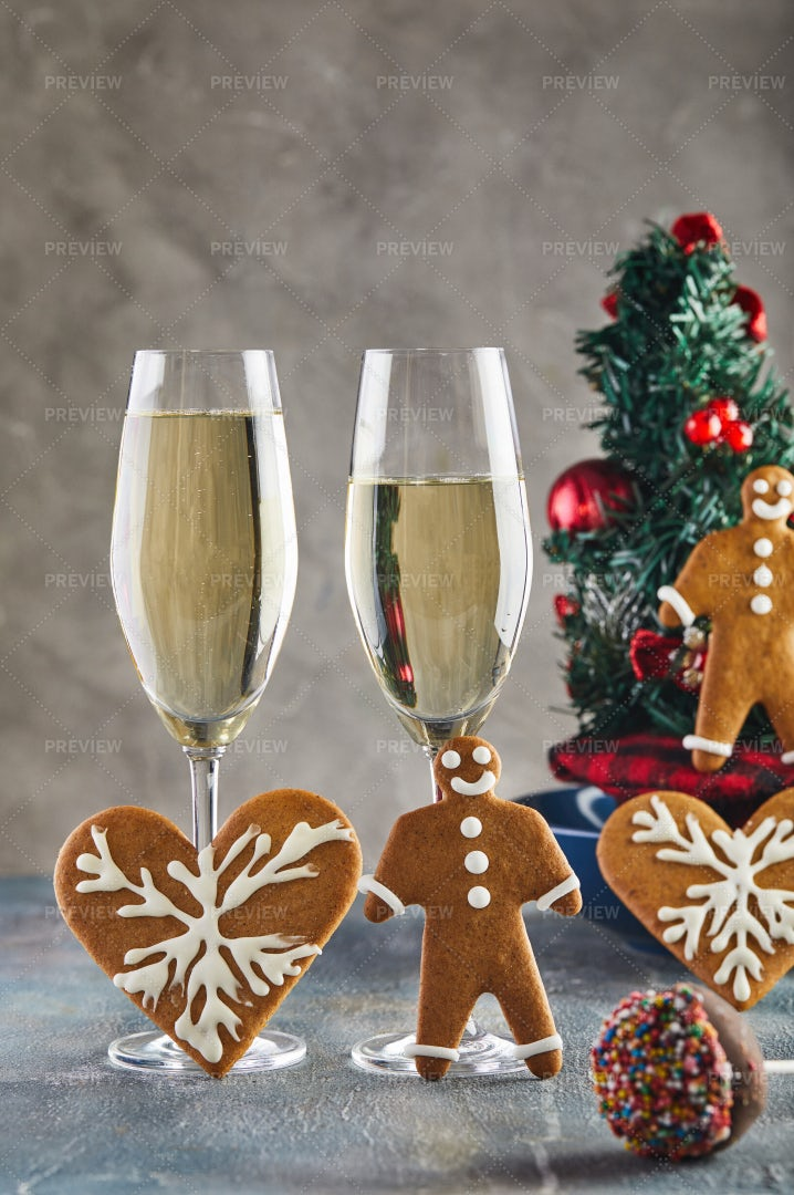 Champagne And Cookies: Stock Photos