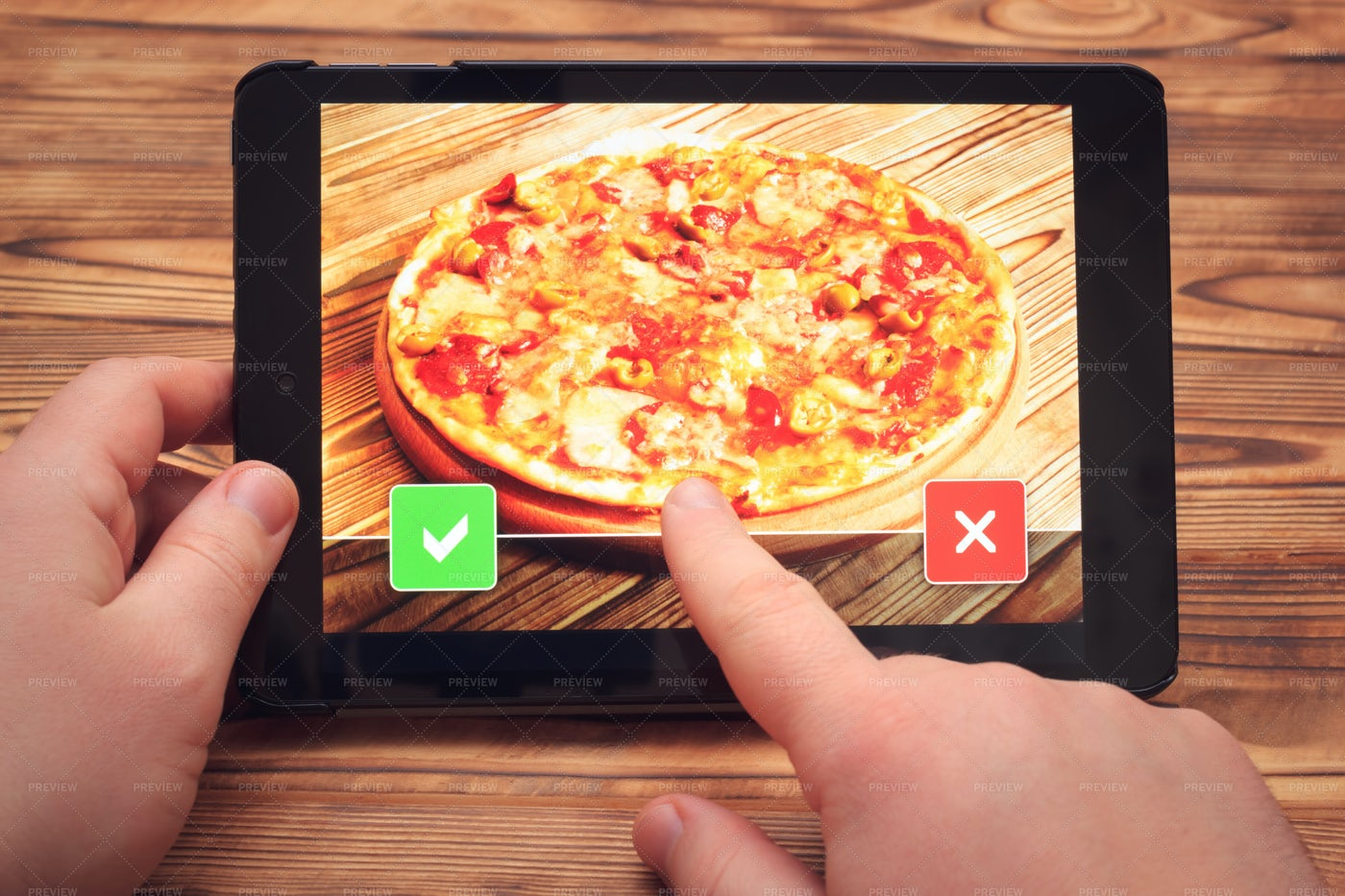 Pizza Order On Tablet: Stock Photos