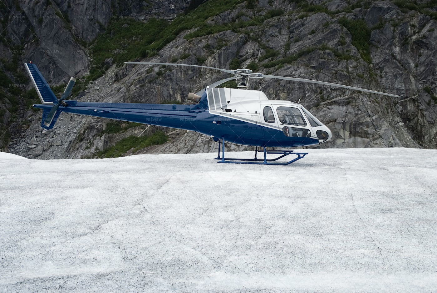 Helicopter Landed On Ice: Stock Photos