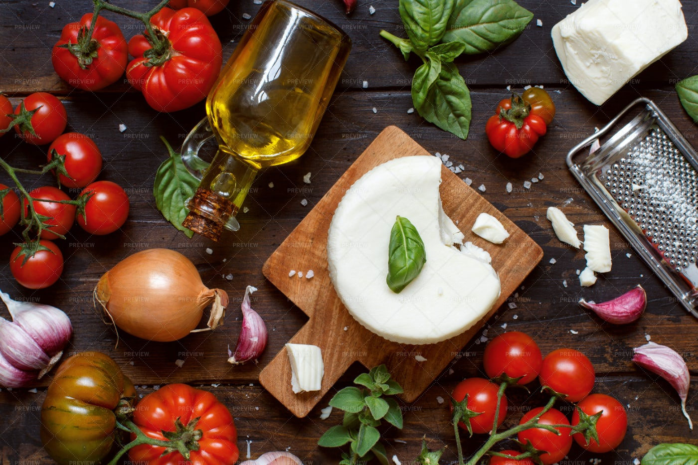 Cheese Cacioricotta And Vegetables: Stock Photos