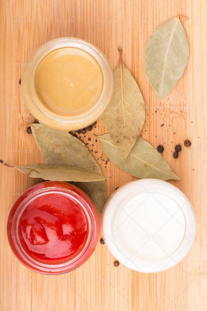 Sauces: Stock Photos