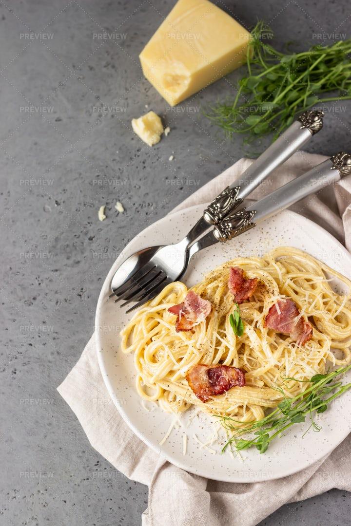 Pasta Alla Carbonara: Stock Photos