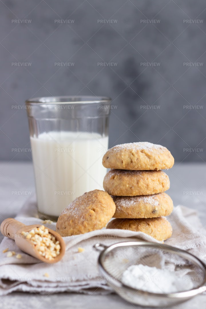 Cookies With Peanuts And Milk: Stock Photos
