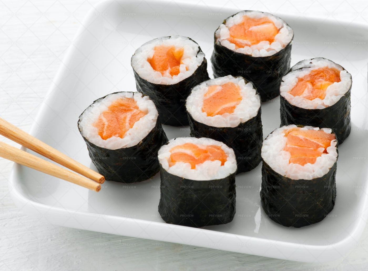 Seven Hosomaki Salmon Sushi: Stock Photos