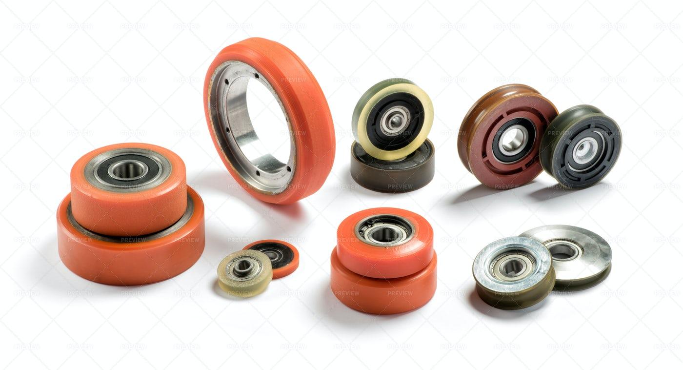 Set Of Bearings: Stock Photos